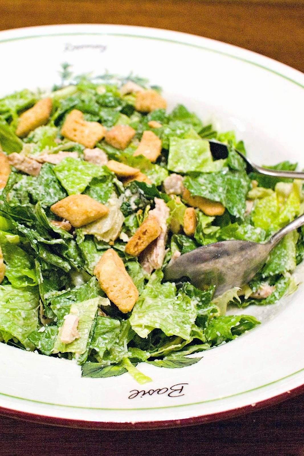 Skinny chicken caesar salad