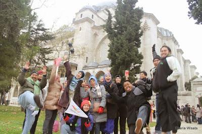 Berkunjung ke Tempat Wisata Masjid & Jembatan di Turki