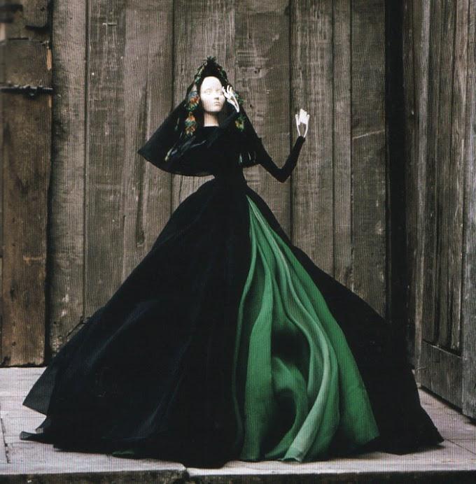 História da Moda: Théâtre de La Mode
