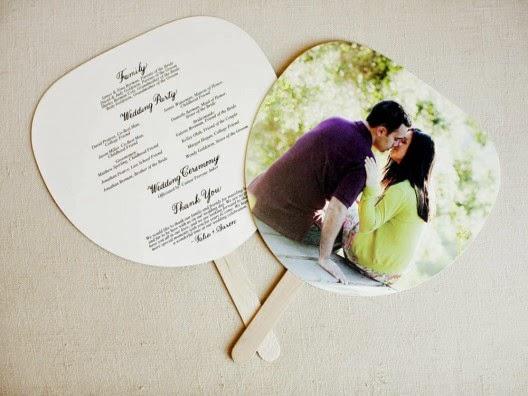 Ideias criativas casamento - leques personalizados