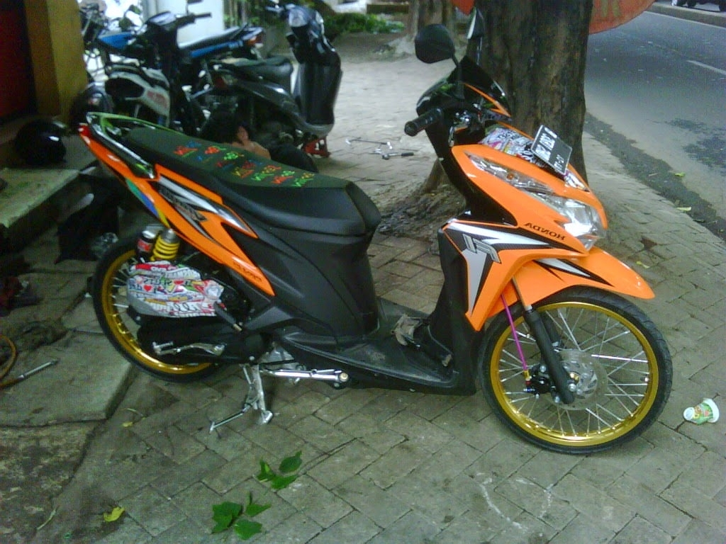 98 Modifikasi Motor Vario 125 Warna Orange Terbaru Oneng Motomania