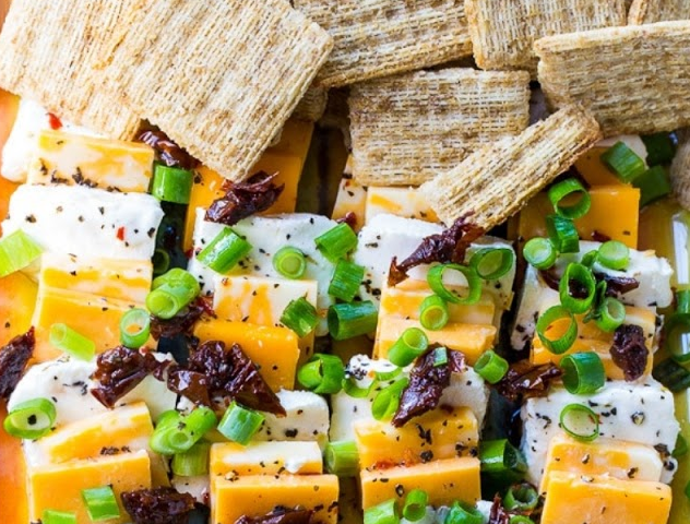 Spicy Marinated Cheese