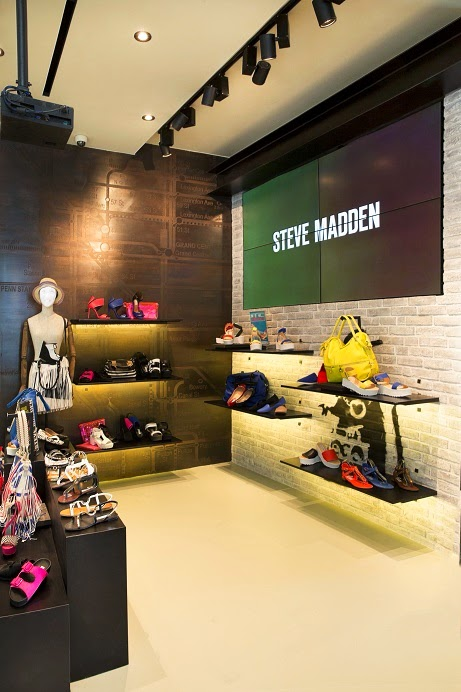 22adc1aa9ae1 ... as you soak up Steve Madden s hottest tips and share them via Facebook