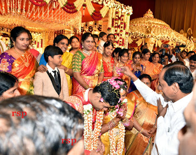 MLA-Arekapudi-Gandhi -daughter-Marriage-photos12