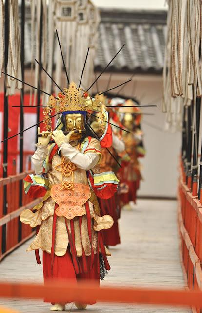Manbu Oneri at Dainenbutsujii Temple in Hirano Ward, Osaka
