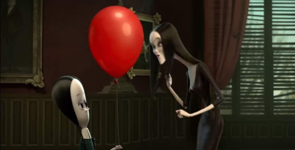 The Addams Family : クロエ・モレッツちゃんが仲よしの先輩のシャーリーズ・セロンと声の再共演をした現代版の新しいアニメの「ジ・アダムス・ファミリー」の予告編を初公開 ! !