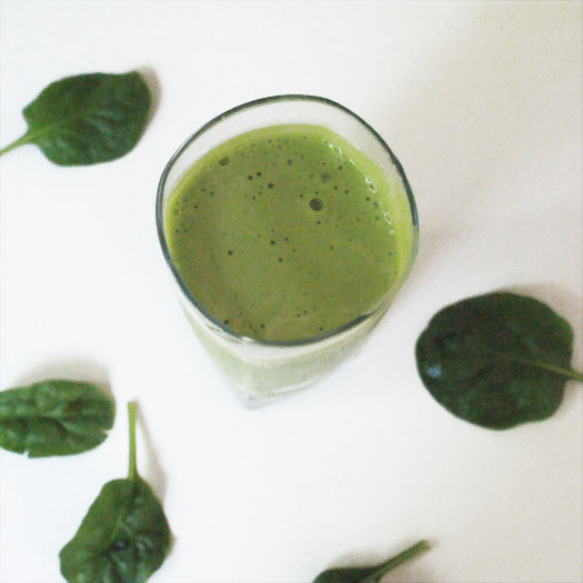 Green Protein Smoothie made with apples, bananas, spinach and greek yogurt.