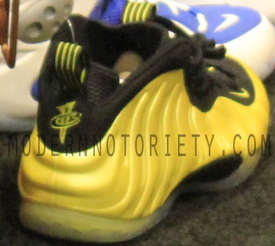 """d7b76f07daf Here is images via MN of the Nike Air Foamposite One """"Golden State"""" Sneaker"""