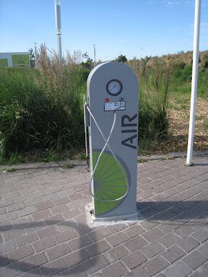 Nouvelle pompe à vélo publique  sur la plage du Havre