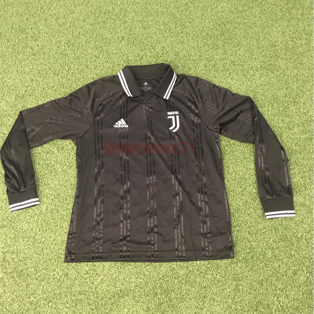 a240a10e Update: Confirming the leak, Boot collector and expert @pjimenez71 posted a  picture of the Juventus 2019-2020 long-sleeve retro football shirt on his  ...