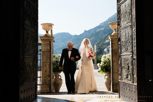 Bride and father of the bride entering church San Gennaro