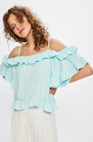 tricouri-si-topuri-pentru-femei-2