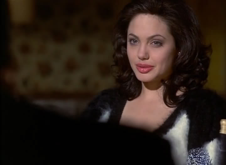 Angelina Jolie in Gia 1998 movieloversreviews.blogspot.com
