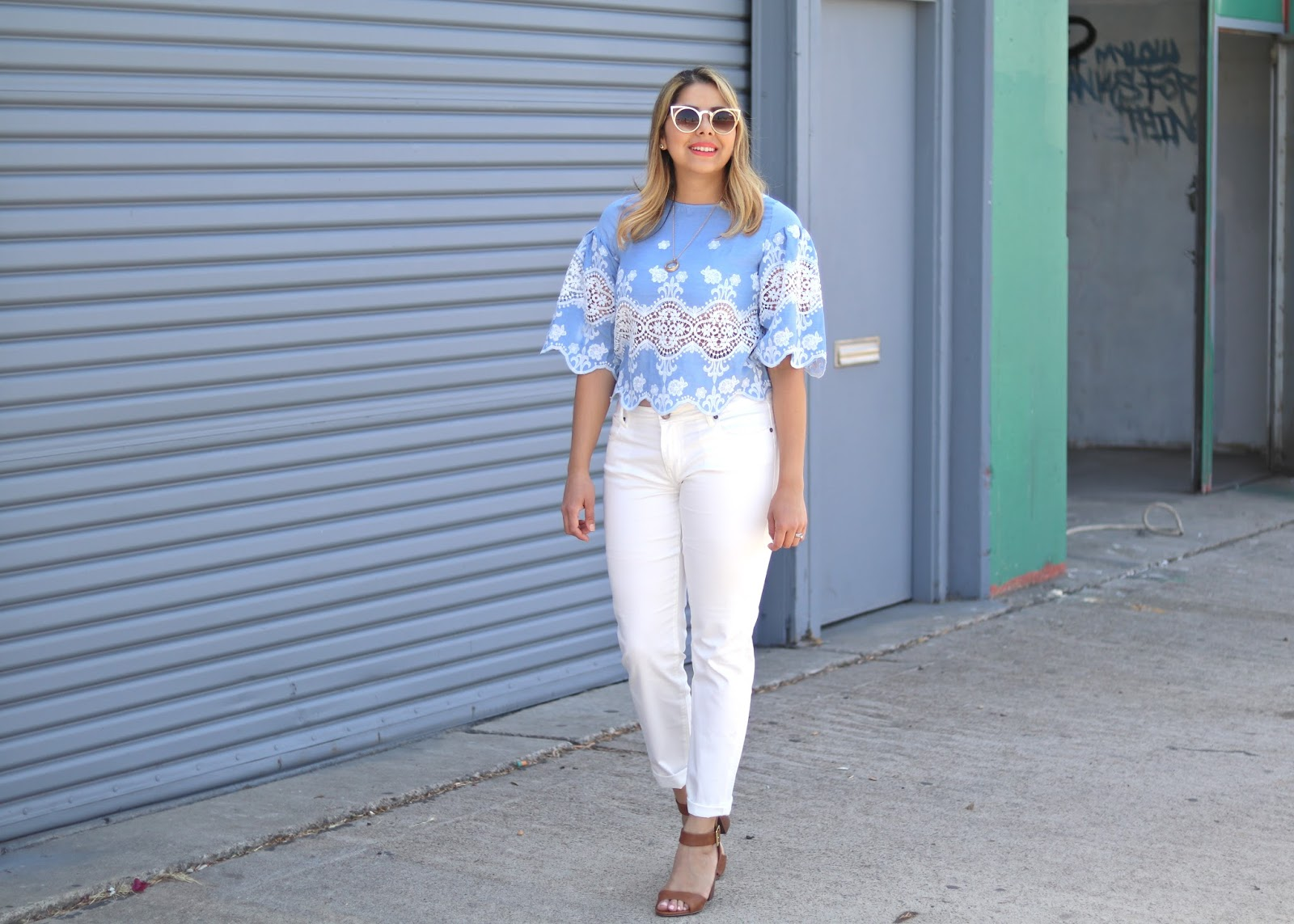 what to wear with white jeans, white skinny jeans, brown target sandals, ankle strap sandals under $50