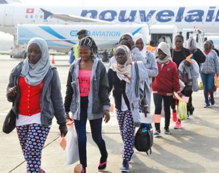 257 nigerian deportees arrive lagos libya