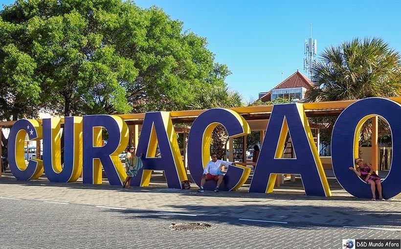 Letreiro em Curaçao - Guia Brasileiro em Curaçao