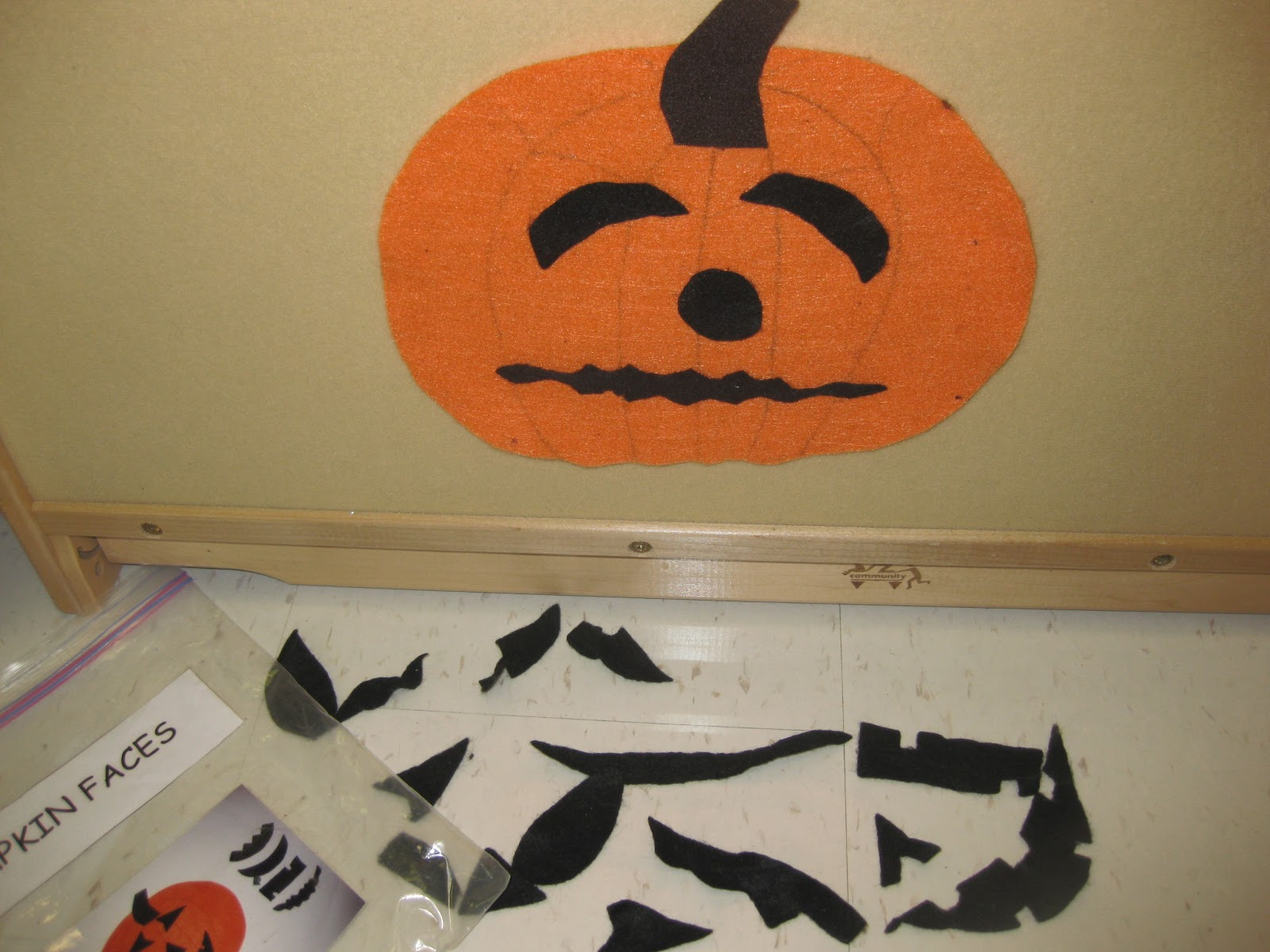 Mrs Albanese S Kindergarten Class Halloween Is Coming Eebie