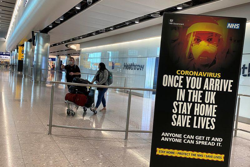 Reino Unido se prepara para relajar la cuarentena a las llegadas internacionales