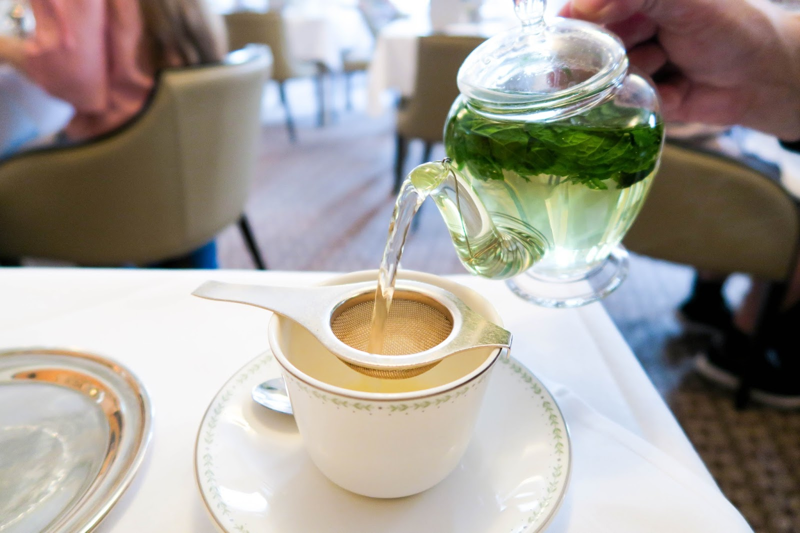Bettys Tearoom York, Bettys, Lady Betty Afternoon Tea, Beauty blogger,