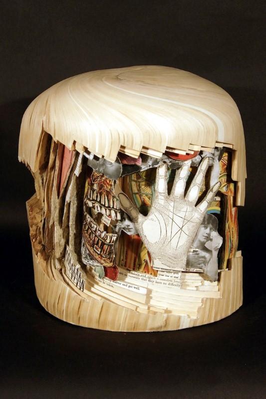 Скульптуры из книг. Brian Dettmer 2