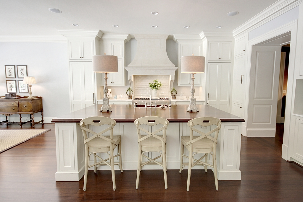 Kitchen Lighting: Adding Warmth with Table Lamps | Driven ...