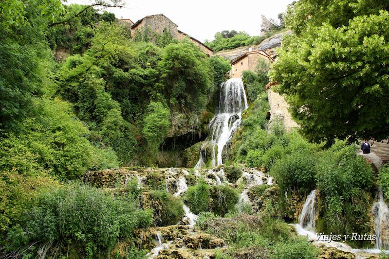 Orbaneja del castillo, uno de los pueblos más bonitos de Burgos