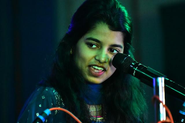 Maithili Thakur (Singer) (3 Images)