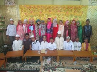 Prosesi Khataman Al Qur'an Siswa/i Kelas VI Tahun Pelajaran 2015/2016