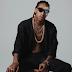 Wiz Khalifa choca fãs ao aparecer fãs fumando blunt em novo vídeo