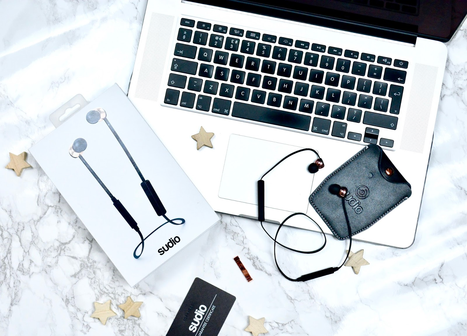 Earphones, Headphones,Sudio Vasa BLÅ Earphones, iPhone, Music, Sudio Earphones, Christmas, Christmas Gift Guide, Sound, Lifestyle,
