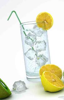 HEALTH BENEFITS OF LEMON WATER OR LEMON JUICE