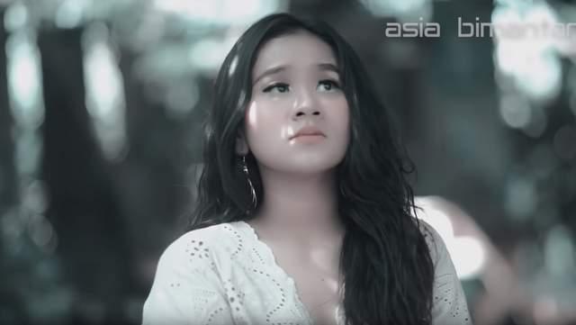 Lirik Lagu Lir Pedote Banyu - Anggun Pramudita
