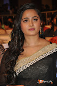 Anushka at Lingaa Successmeet-thumbnail-5