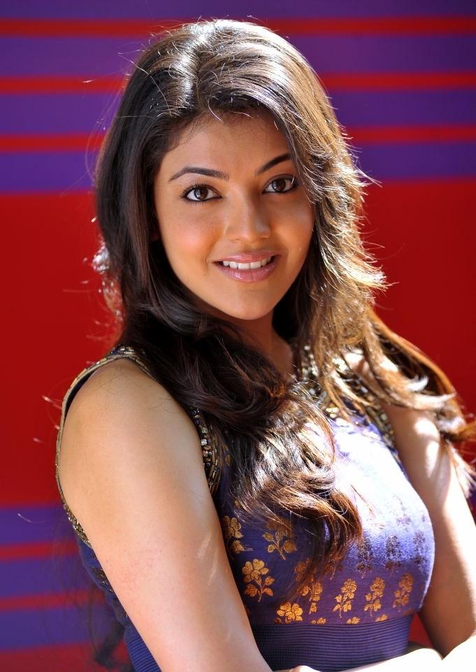 Kollywood Actress Kajal Agarwal Chubby Face Closeup Photos In Green Dress