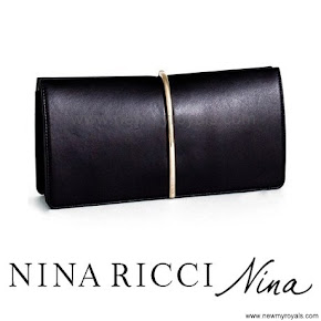 Queen Letizia carried Nina Ricci Arc Clutch