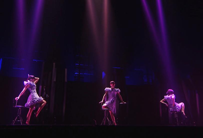 "Perfume performing their Game bop ""Take me, take me"" in 2018 vs. 2008 | Random J Pop"