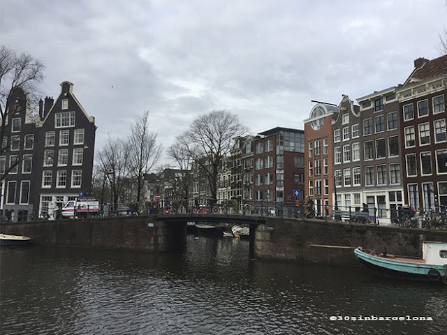 Amsterdam's bridge