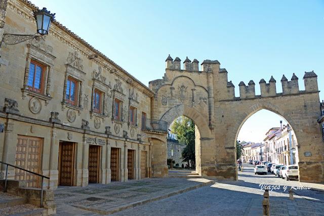 Audiencia Civil y Escribanías Públicas, Arco de Villalar y Puerta de Jaén, Baeza