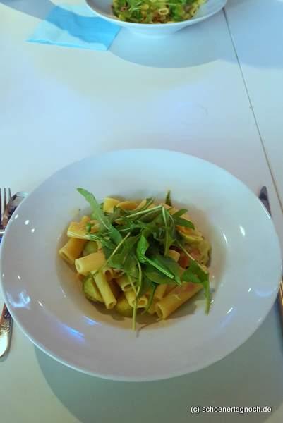Pasta mit Rosenkohl und Speck im Mint in Karlsruhe