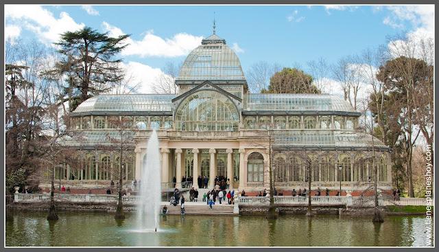 Palacio de Cristal Parque El Retiro Madrid
