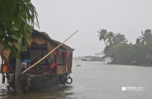 The Weekly Frame - Romancing the Monsoons in Kerala ~ Arnab Maity Travel and Photography