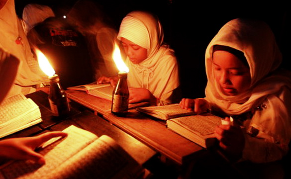 Ustadz Arifin Ilham: Siapa yang Cinta Allah, Pasti Cinta Al-Quran