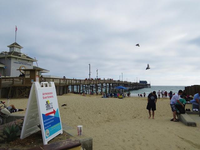Walking around newport beach pier it has grown on me for Dana point pier fishing