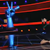 Voice: Γονάτισε μπροστά στη διαγωνιζόμενη η Παπαρίζου για να την πάρει στην ομάδα της (video)