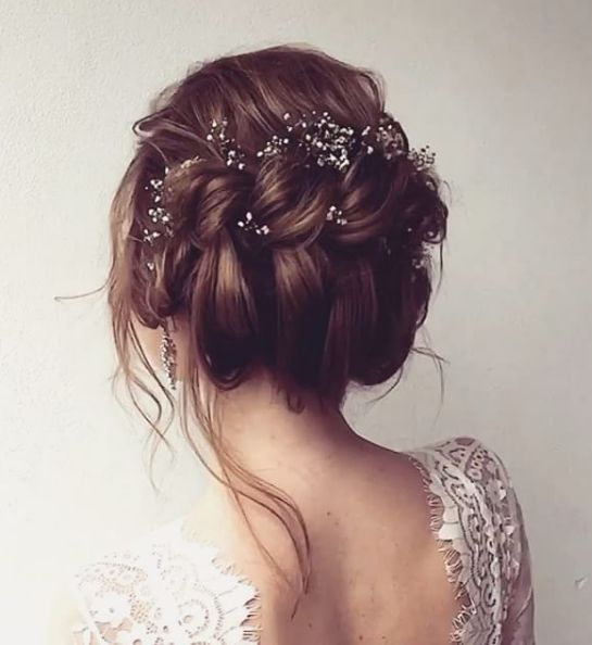 Lovely messy twisted updo wedding hairstyle with dainty hair lovely messy twisted updo wedding hairstyle with dainty hair accessories junglespirit Images