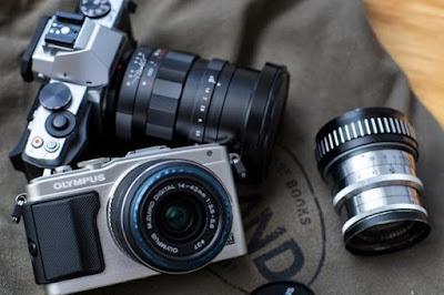 3 Jenis dari Kamera SLR untuk Rekomendasi Anda