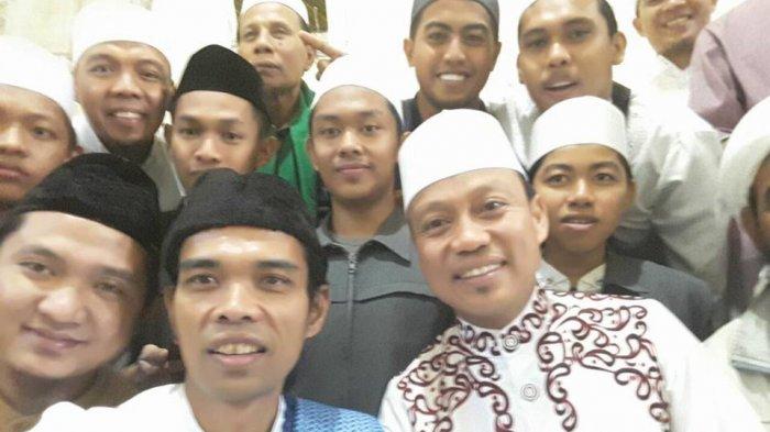 Fenomena Ustadz Abdul Somad, Satukan Ummat Diatas Aqidah, Menular dari Anak Kecil Hingga Kalangan Selebritas