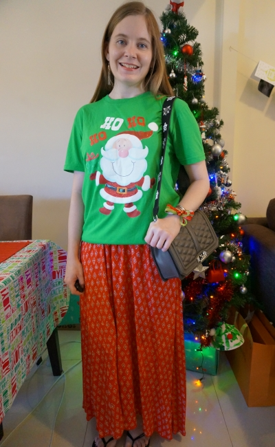 Christmas eve casual red and green outfit printed maxi skirt festive santa novelty glitter tee | away from blue