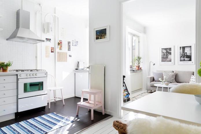 salón y cocina de un piso alquilado