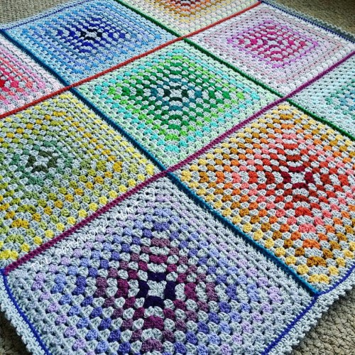 The Paintbox Blanket - Free Pattern